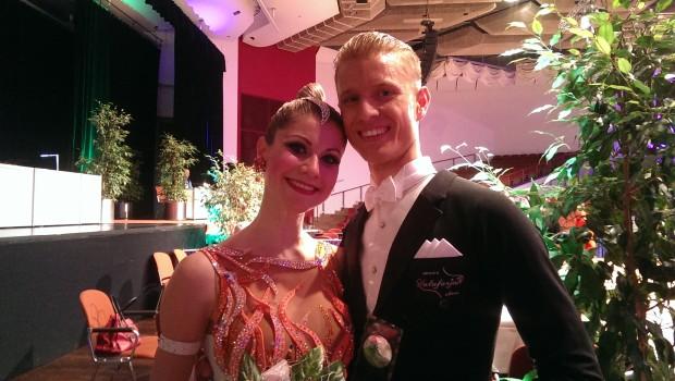 Als einziges Bayerisches Paar vertraten Andreas Wenzler & Verena Lieb vom TTC München den Landestanzsportverband Bayern am 30. April 2016 bei der Deutschen Meisterschaft über […]